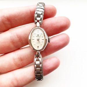 Vintage Stellaris thin & dainty silver watch